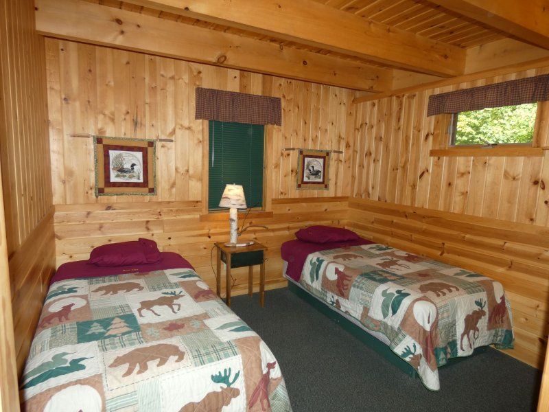 Cabin10_Lower Bedroom 2