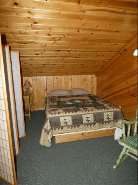 Cabin13_Loft Bed 1