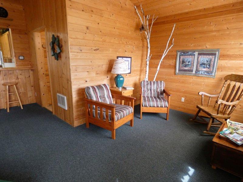 Cabin3_Livingroom2