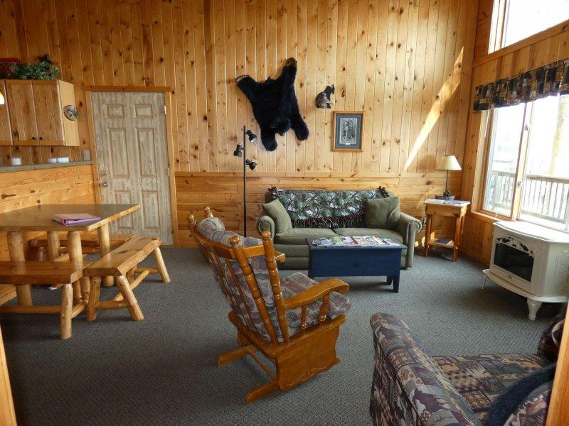 Cabin5_Livingroom