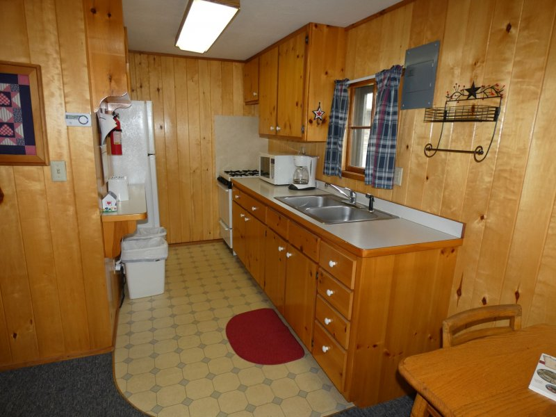 Cabin6_Kitchen